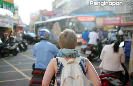 Wisata, ke, yogyakarta, ala, backpacker, murah, hemat, bujet, jakarta, stasiun, kerta, Sosrowijayan, penginapan, Prawirotaman, rute, biaya, liburan,