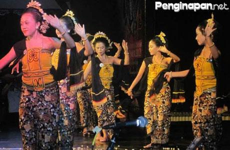 tari tayub - lelychusna.blogspot.com
